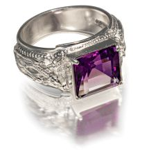 Перстень Печатка Птица Гамаюн с натуральным аметистом